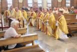 Neoprezbiterzy zawierzyli się św.Józefowi