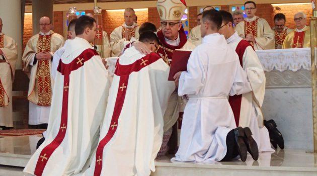 Mamy 11 nowych prezbiterów!